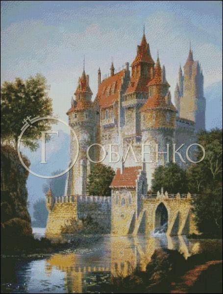 Замък с река